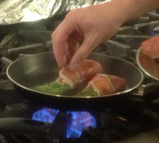cooking asparagas